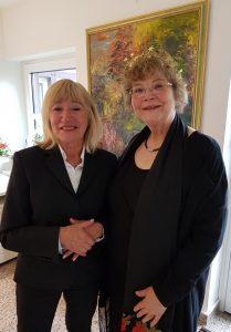 Die Chefin Dagmar Schmidt mit mir nach dem Vortrag